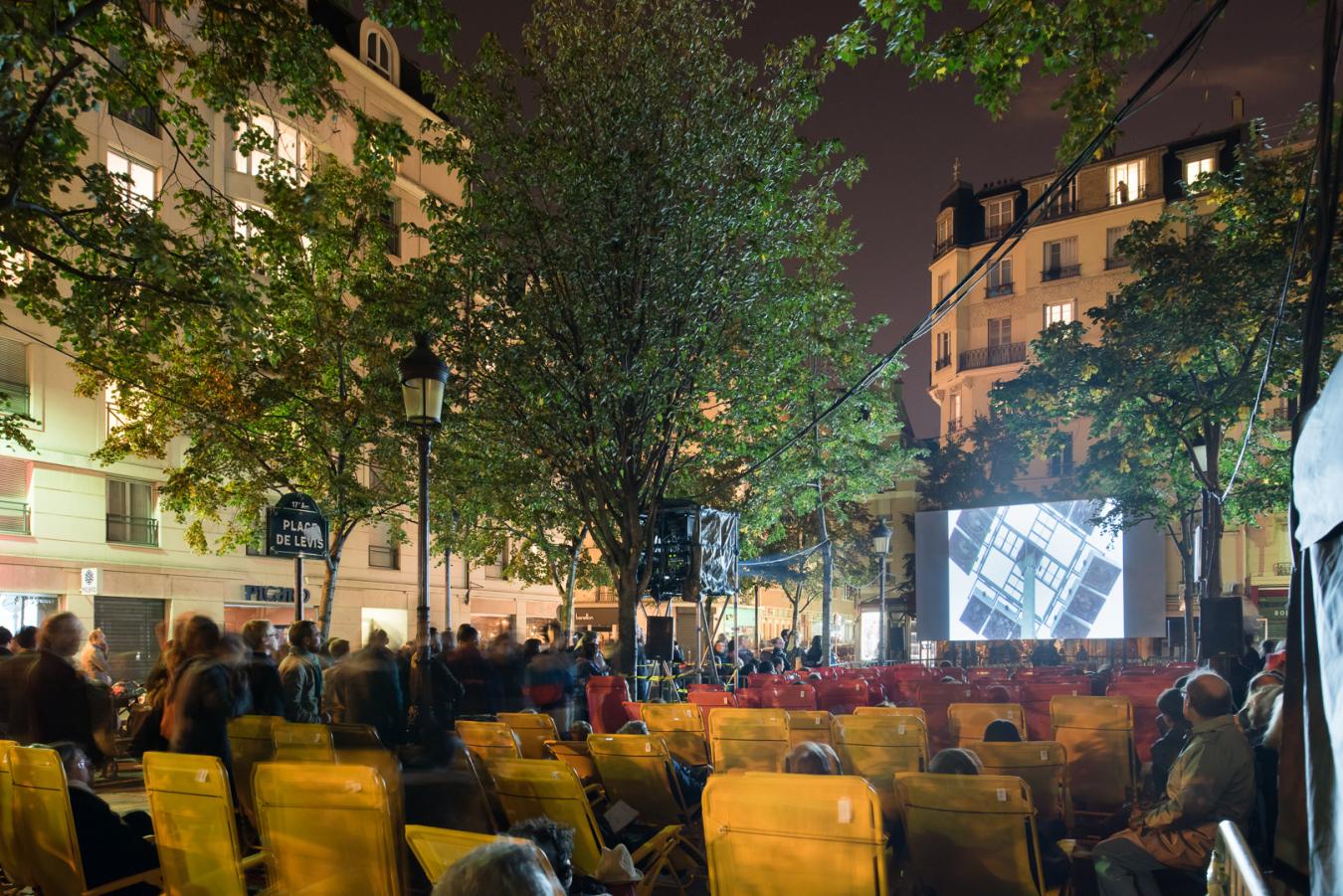 Nuit Blanche 2015 à Paris.