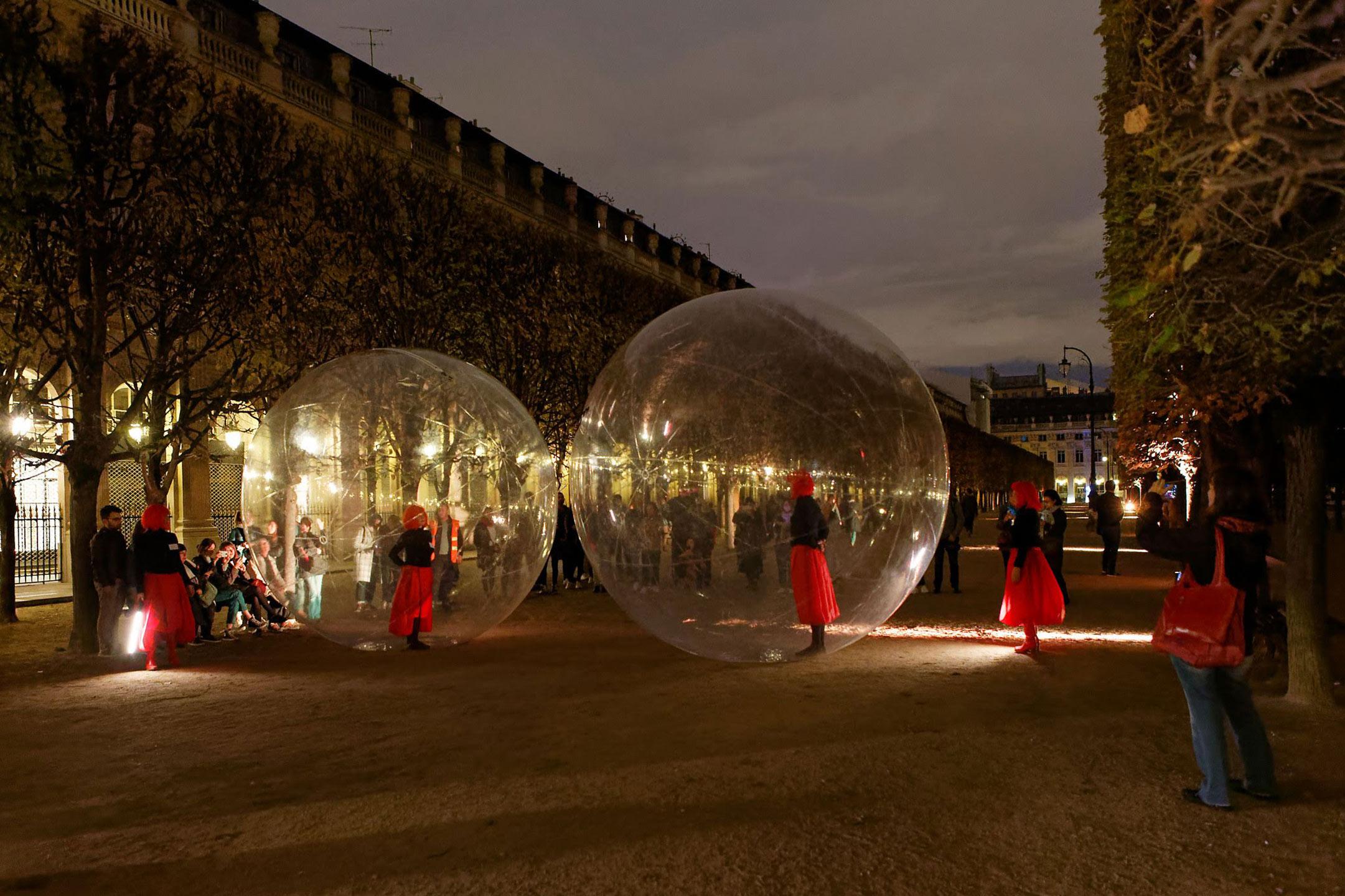 eva-albarran-Hans-Walter-Muller-Spheres-Nuit-Blanche-2019-Ville-de-Paris